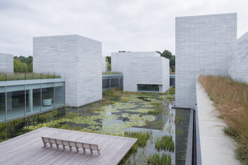 Water Court at the Pavilions - Photo: Iwan Baan - Courtesy: Glenstone Museum (IMAGE 1815)