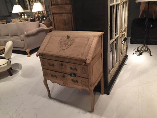 Schwung Home is a huge selection of new and vintage pieces.  I loved this little lady's desk in bleached oak.